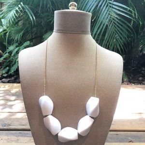 Jewelry - White Acrylic Modern Design Necklace Gold Chain
